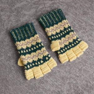 Burberry Green Fairisle Wool-cashmere Blend Gloves